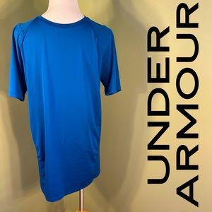 M Under Armour tee-shirt